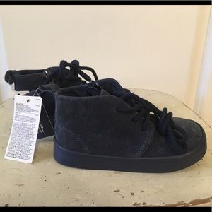 GAP Shoes - NWT GAP Mid-Top Dress Blue Shoes Toddler 6